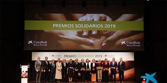CaixaBank galardona a la Fundación Osborne y la Fundación Konecta en los Premios Solidarios de banca privada