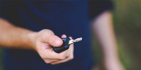 Hábitos saludables para mantener un coche nuevo