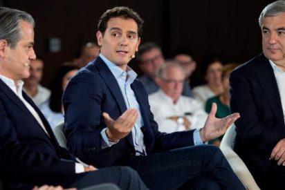 Rivera propone que contratar a menores de 30 no cotice el primer año