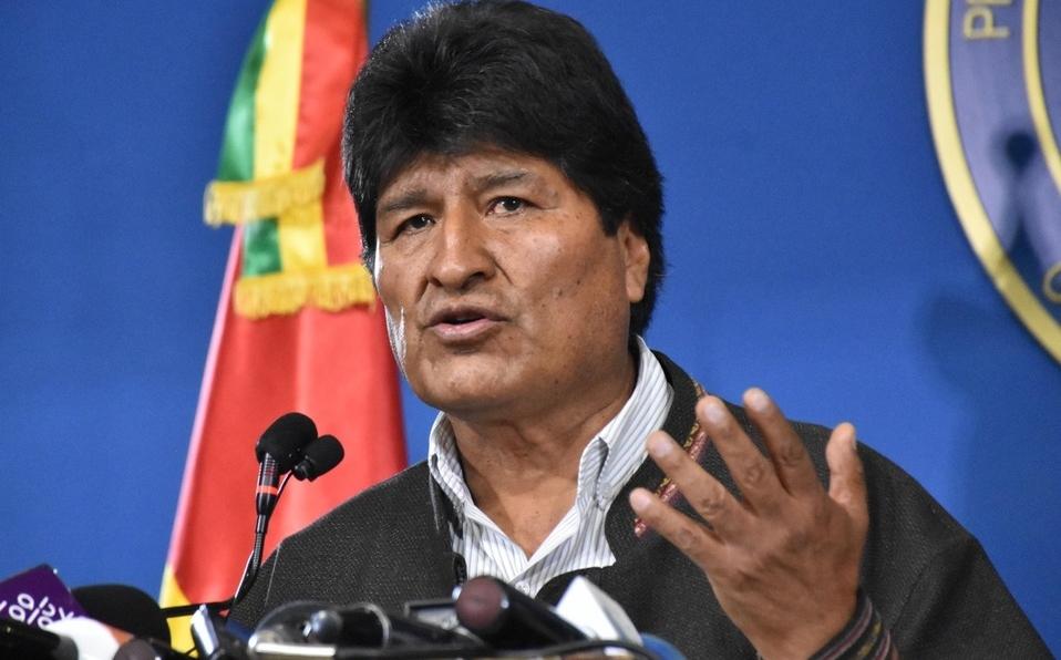 """Interpol activó la """"notificación azul"""" contra Evo Morales"""