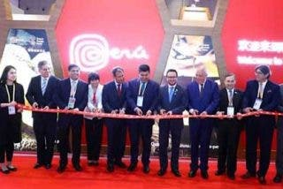 Operadores turísticos peruanos participan en China International Import Expo 2019