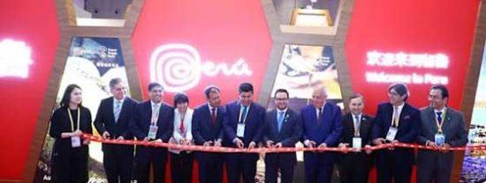 Operadores turísticos peruanos participan en China International Import Expo 2019