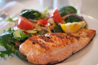 ¿Sabes cómo mejorar tu alimentación y analizar lo que comes con la ayuda de tu smartphone?