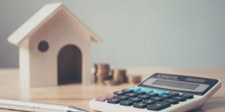 La firma de hipotecas de viviendas se desploma casi un 30%