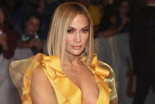 Jennifer López acusa a un director de pedirle que le enseñase los pechos