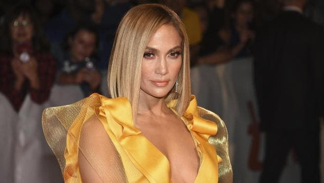 Jennifer López acusa a un director de pedirle que le enseñase las 'domingas'