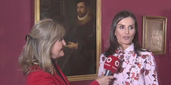 El 'consejito' que le clava la reina Letizia a la periodista que la entrevista para Telemadrid