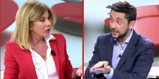 Acabará tirando las cartas del tarot en TV, porque como analista política no vale: así de tajante era Palomera en 2016 sobre el pacto PSOE-Podemos