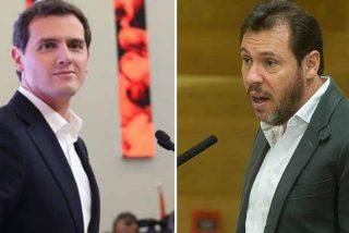 El miserable mensaje del bocachancla portavoz de la ejecutiva del PSOE en la sentida despedida de Albert Rivera