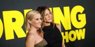 Jennifer Aniston y Reese Whiterspoon - The Morning Show © Apple +