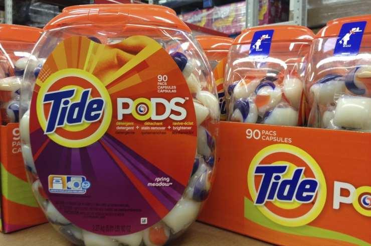 Comer cápsulas de detergente líquido: un peligroso reto viral