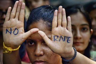 Cuatro jóvenes confiesan que violaron y asesinaron a una veterinaria