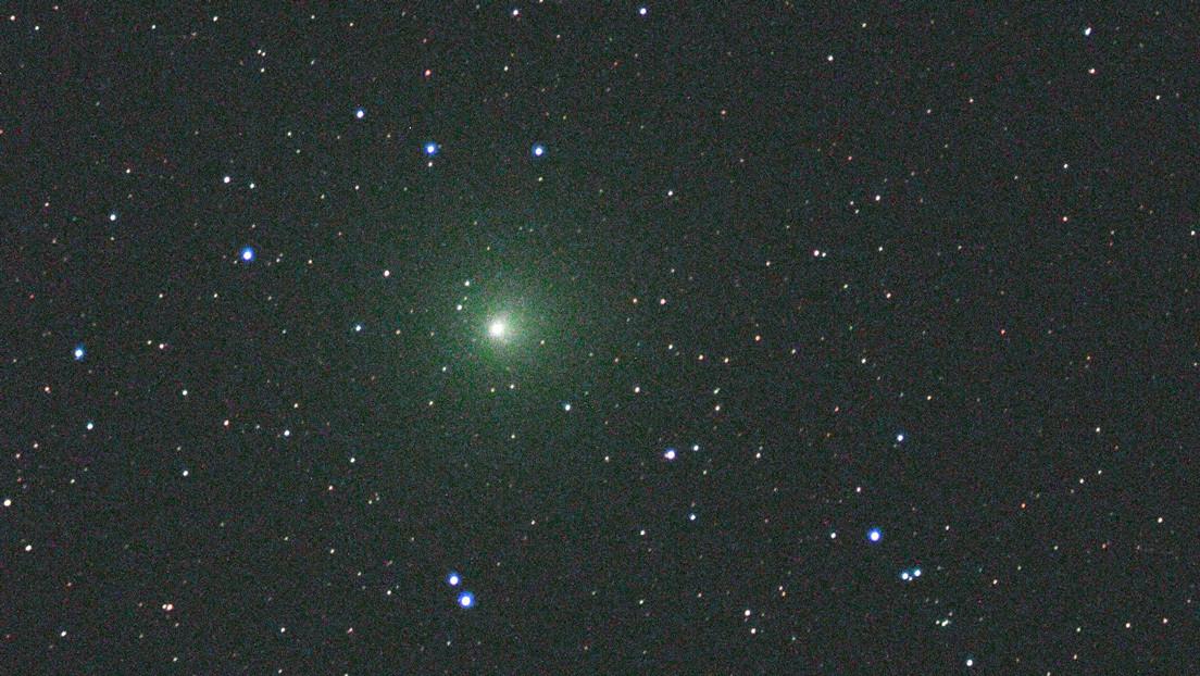 Un satélite de la NASA capta con detalles sin precedentes un estallido en un cometa