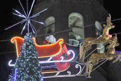 Papá Noel adelanta su visita a México y su trineo, que no había pasado la ITV, se estrella contra un edificio