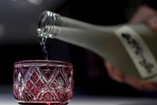 Científicos vinculan el consumo leve del alcohol con un aumento potencial de riesgo de cáncer