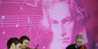 ¡Terrible!: La Inteligencia artificial pretende completar la sinfonía inconclusa de Beethoven