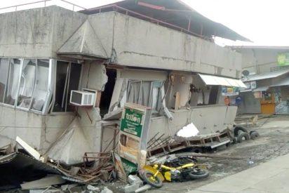 Las brutales Imágenes del terrible terremoto de magnitud 6,8 en Filipinas