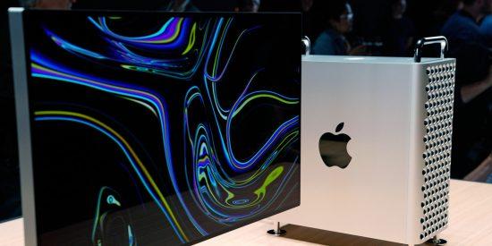 Dos usuarias prueban y graban si de verdad el nuevo Mac Pro de Apple funciona como rallador de queso