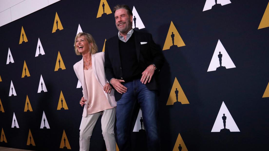John Travolta y Olivia Newton-John vuelven a encarnar sus personajes de 'Grease' en el 41 aniversario de su estreno