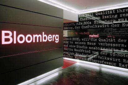Bloomberg es multada con 5,6 millones de dólares por publicar noticias falsas que derribaron las acciones de una compañía