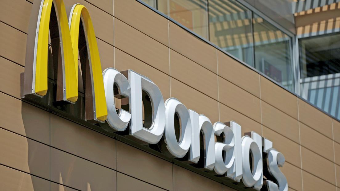 Perú: Dos jóvenes empleados mueren electrocutados en un McDonald's