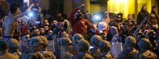 Decenas de heridos después de que la Policía del Líbano lanzara gases lacrimógenos y balas de goma contra manifestantes