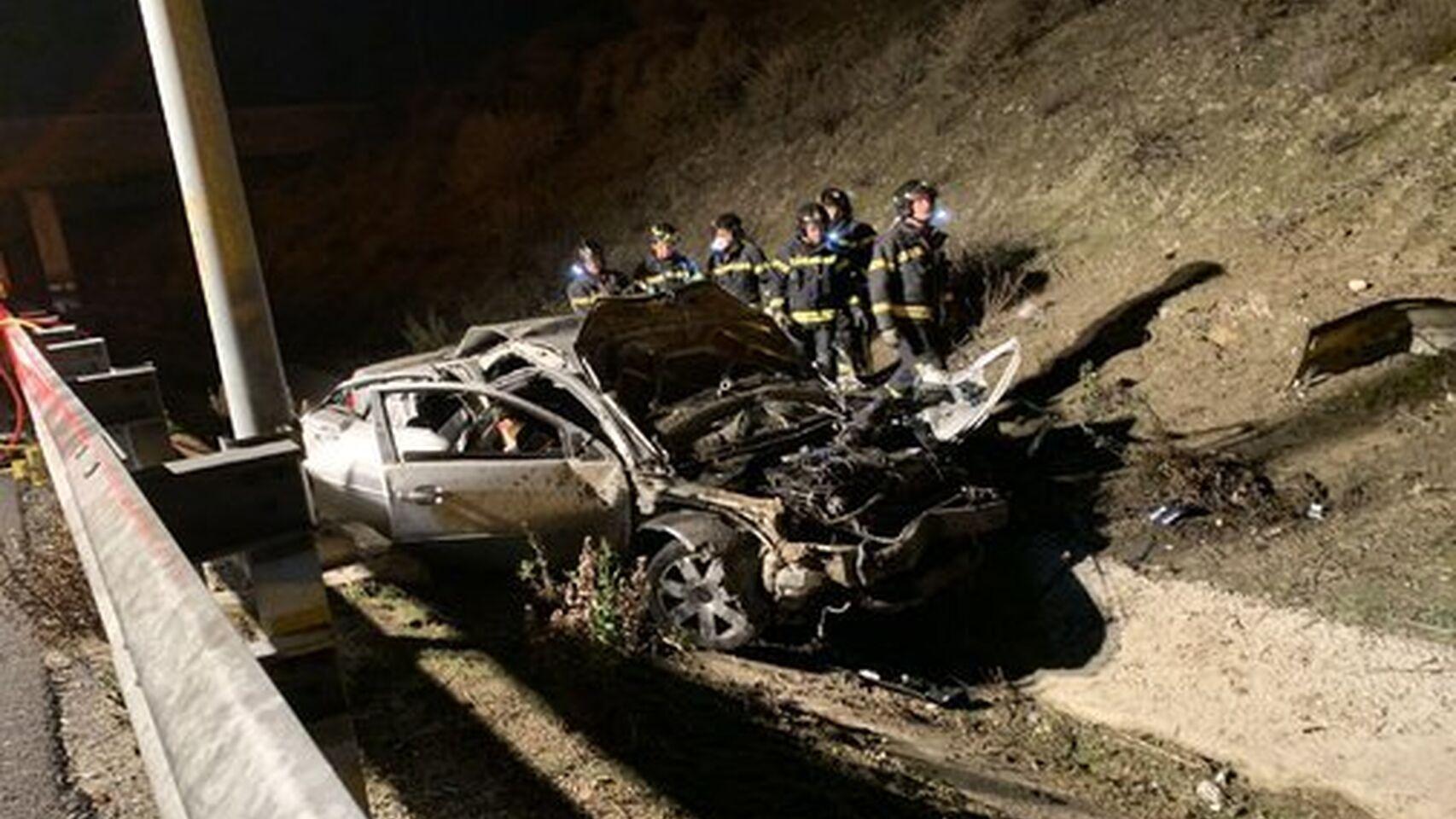 Mueren tres chavales en un brutal accidente, cuando regresaban de celebrar la Nochebuena