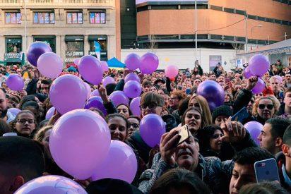La Policía, obligada a intervenir en una concentración a favor de Adara en la Plaza de Callao en Madrid