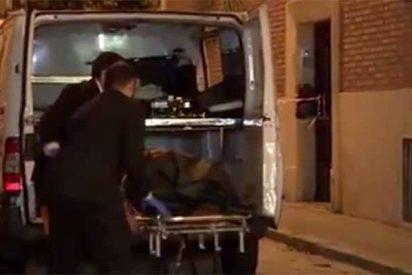 Crimen en Madrid: Perfecto, degollado en el salón; Marcelina, en la cama, y todo revuelto