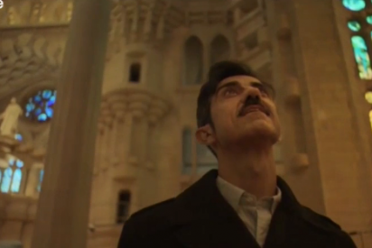 Los catetos de la Sagrada Familia felicitan la Navidad en árabe y excluyen al español