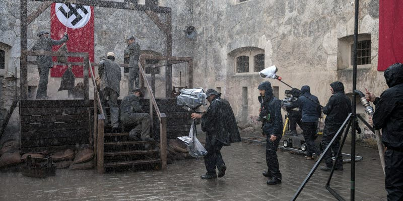 Finaliza en Budapest el rodaje de la serie 'Dime quién soy', basada en el libro homónimo de Julia Navarro
