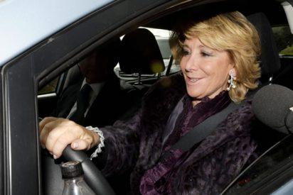 De vergüenza: la prensa progre se abalanza contra Esperanza Aguirre por pisar en un semáforo un paso de cebra