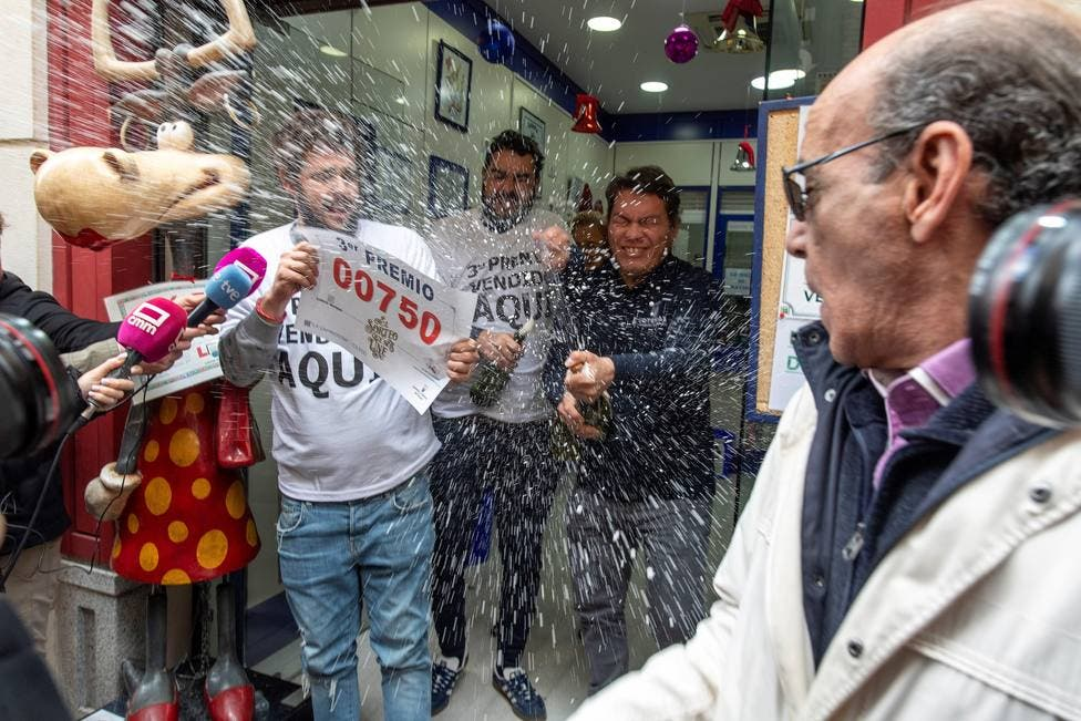 Increíble: el hombre que más ha ganado en la Lotería de Navidad, una corazonada de 18 millones de euros