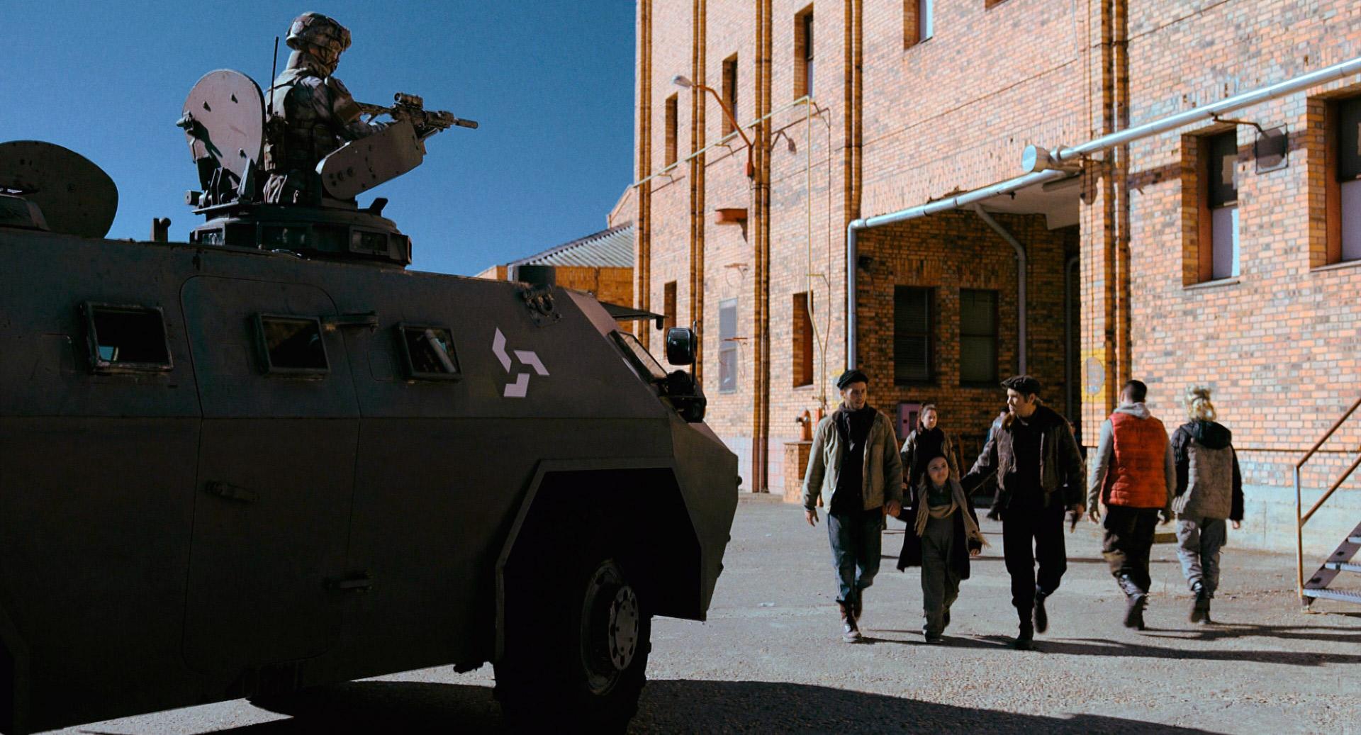 Antena 3 lanza el tráiler final de la serie 'La Valla'