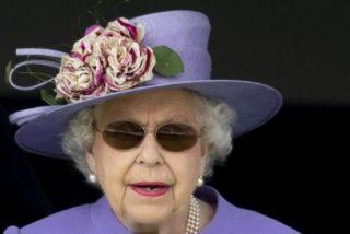 Isabel II: El triste motivo por el que la multimillonaria reina mantiene la decoración de Navidad hasta el 6 de febrero