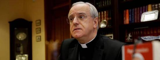 El obispo aparta a un cura investigado por abusos pero defiende su 'buena fama'