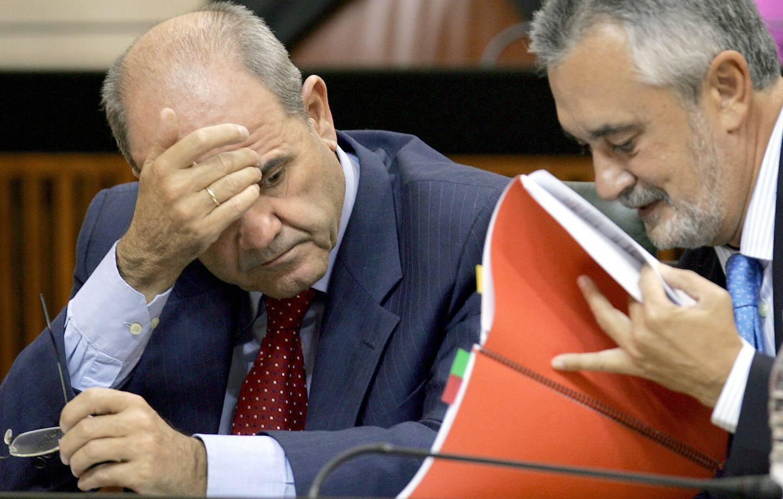 EREs: Los socialistas Chaves y Griñan no fueron honrados sino instrumentales en que el PSOE se lo llevara a puñados