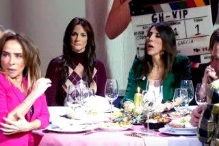 El extraño caso de María Patiño, se asusta de ella misma y sus compañeros se parten de risa