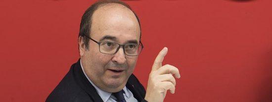 Cataluña: Los socialistas de Iceta se suman en el Parlament a la CUP, ERC y todos los independentistas para impedir que el castellano sea lengua vehicular en la Educación