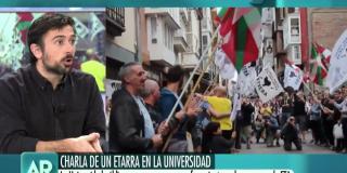 El Quilombo / Espinar escupe a las víctimas del criminal etarra López de Abetxuko: