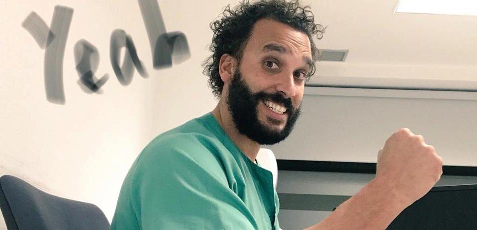 ¡Otra de jueces!: Condenan a un periodista a indemnizar con 46.000 euros a 'Spiriman' por vídeos satíricos en redes sociales