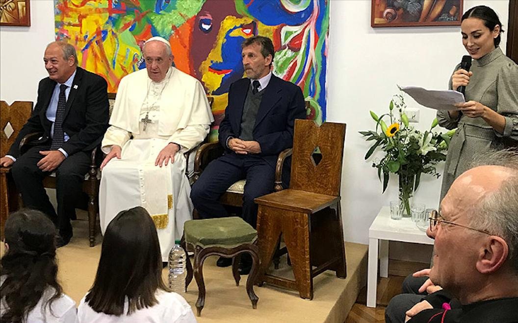 La celebrity Tamara Falcó se reúne con el Papa en el Vaticano