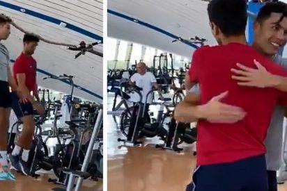 'Compartiendo secretos': Cristiano Ronaldo enseña a Djokovic su impresionante técnica de salto