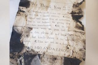 Descubren esta interesante nota en un restaurante que revela cómo hacían negocio antes de la I Guerra Mundial