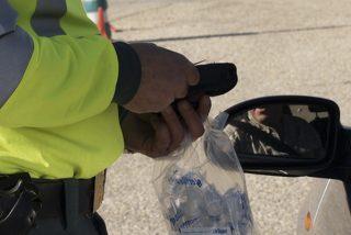 La DGT se pondrá muy seria en 2020: Guardias Civiles sin uniforme serán los que te examinen del carné de conducir, entre otras novedades