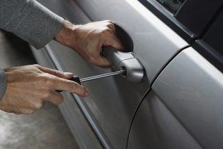 Los mejores consejos para evitar que te roben el coche en estas fiestas