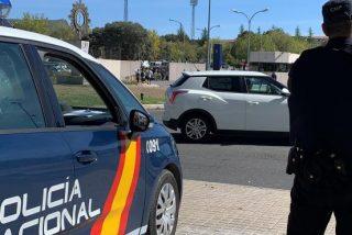 Una mujer borracha agrede a la Policía enfrente de su hijo de tres años