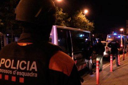 'Barcelona ciudad sin ley': Los Mossos hallan un cadáver degollado en plena calle