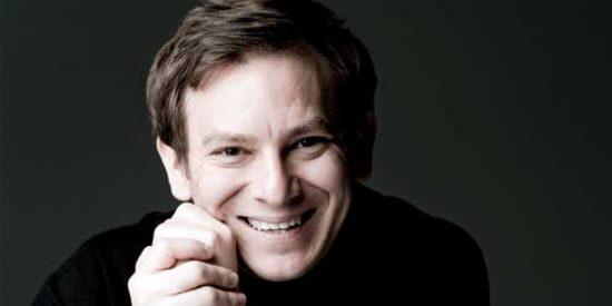 Daniel Smith, primer director australiano en dirigir la Real Orquesta Sinfónica de Sevilla.