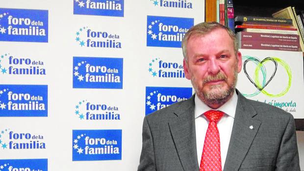 """El Foro de la Familia acusa al Gobierno en funciones de """"asfixiar económicamente a las entidades críticas"""""""